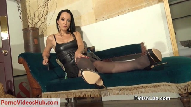 Fetish_Liza_in_Casadei_Blade_heel_worship.mp4.00004.jpg