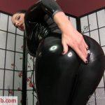 Goddess Alexandra Snow in Sweaty Ass Licker