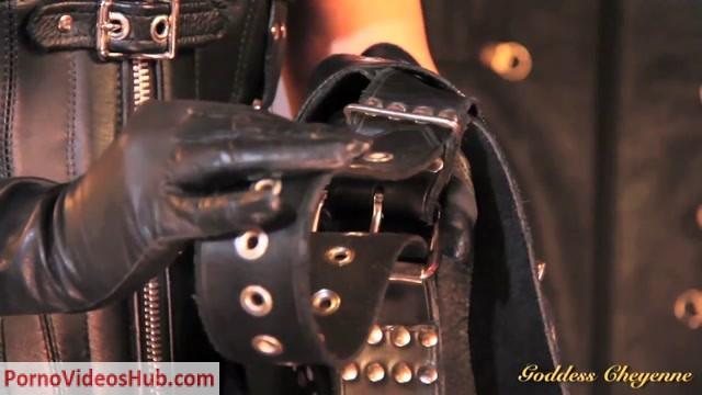 Goddess_Cheyenne_in_Leather_Slavery.mp4.00011.jpg
