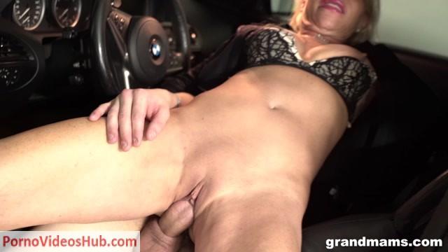 Grandmams_presents_Horny_Gilf_Gets_Fucked_In_A_Car_Parking_Garage.mp4.00014.jpg