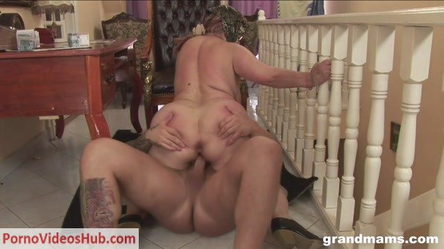 Grandmams_presents_Horny_Granny_Gets_Sexual_Satisfaction.mp4.00012.jpg