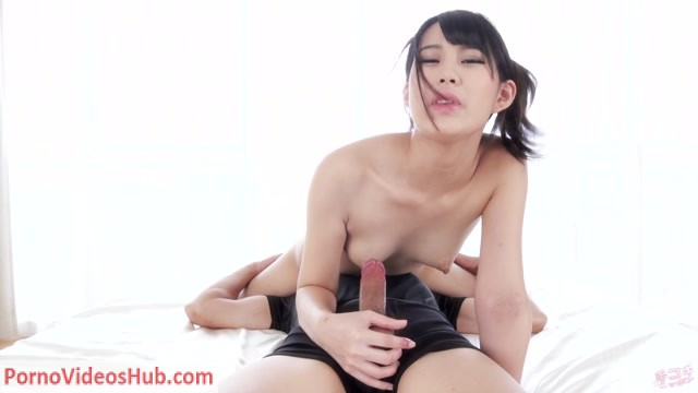 Watch Online Porn – HandjobJapan presents Kotomi Shinosaki faceride handjob (MP4, FullHD, 1920×1080)