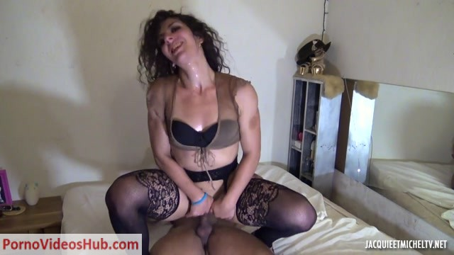Watch Online Porn – JacquieEtMichelTV presents Laura, 29ans, passion bodybuilding – 21.06.2018 (MP4, FullHD, 1920×1080)