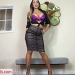 Lady Nina Leigh in Short boys lose