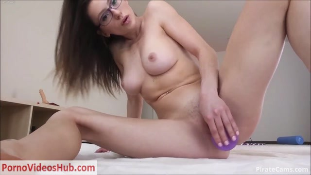 ManyVids_Webcams_Video_presents_Girl_VioletFoxy_in_Fucking_My_Ass_and_Pussy.mp4.00014.jpg