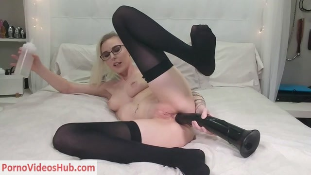 ManyVids_presents_Kay_Ottie_in_Anal_Creampie___Facial_with_my_XXXL_Dildo.mp4.00006.jpg