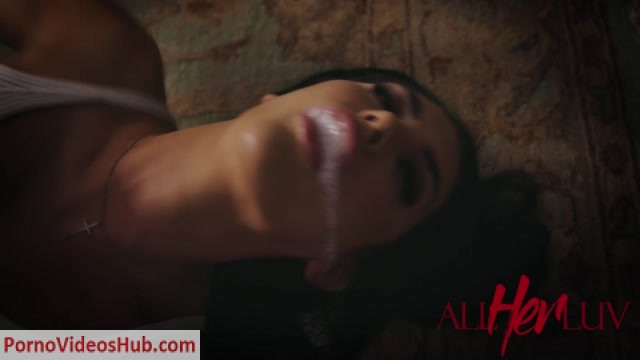 ManyVids_presents_MissaX_in_AllHerLuv_-_Haunted_6__Premium_user_request_.mp4.00008.jpg