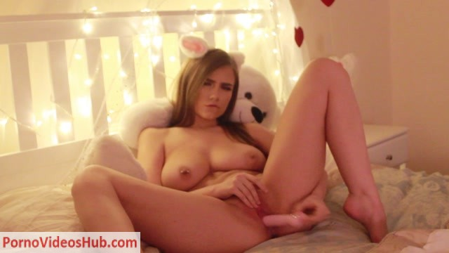 Watch Online Porn – ManyVids presents oreob4by in hd sweet valentines (MP4, HD, 1280×720)