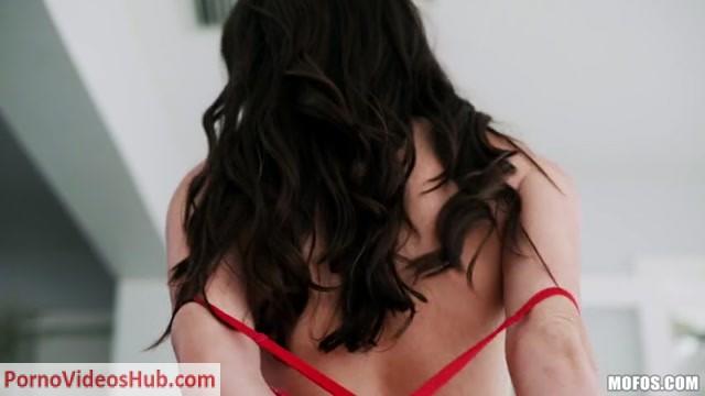 Watch Online Porn – Mofos – MOFOSLab presents Ashly Anderson in Teasin Texan – 02.07.2018 (MP4, SD, 854×480)