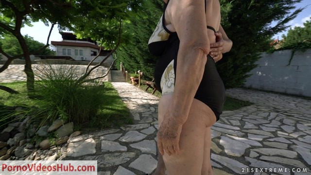 OldYoungLesbianLove_presents_Norma__Linda_Love_in_Ageless_Love_-_11.06.2018.mp4.00000.jpg