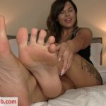 Princess Mackayla in Insole JOI With Cum Eating Instruction