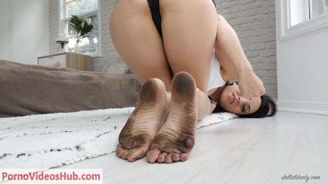 Stella_Liberty_in_Dirty_Foot_Humiliation_JOI_CEI.mp4.00014.jpg