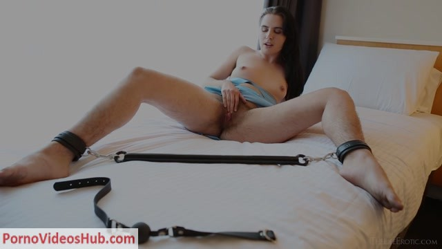 TheLifeErotic_presents_Marina_Lee_in_The_Hairy_Experience_2_-_05.06.2018.mp4.00008.jpg