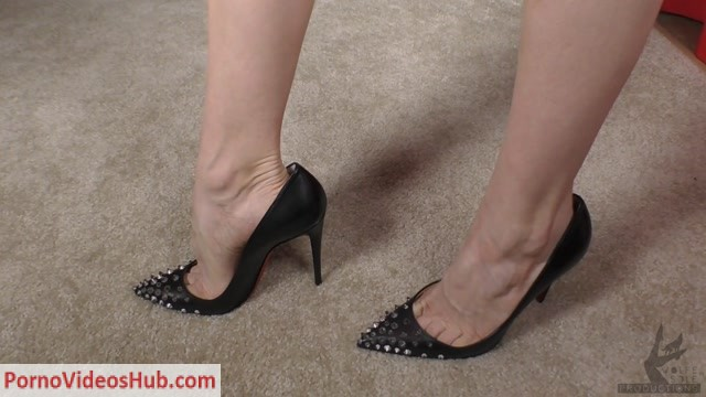 Watch Online Porn – The Wolfe Sole Experience presents Personalizing My Red Bottom Shoes (MP4, FullHD, 1920×1080)