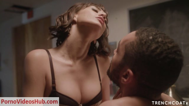 TrenchcoatX_presents_Janice_Griffith_in_Control_Freak_-_Come_Here.mp4.00008.jpg