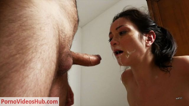 UNCHAINED_PERVERSIONS_SEX_AND_SUB_-_Valentina_Bianco_-_BLOWJOB_MACHINE.mp4.00015.jpg