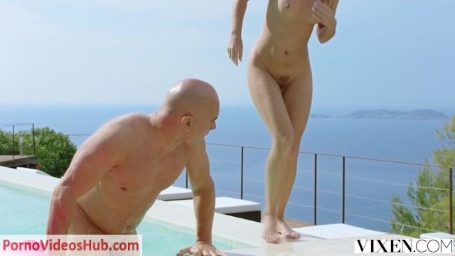Vixen_presents_Mary_Kalisy_in_Babysitting_In_Ibiza_-_28.06.2018.mp4.00002.jpg
