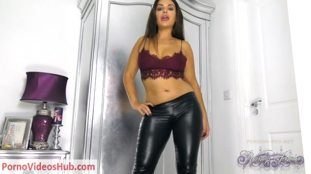 Worship_Goddess_Jasmine_in_Your_wife_DETESTS_you.mp4.00004.jpg