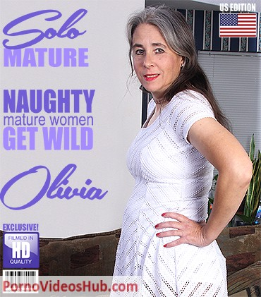 1_Mature.nl_presents_Olivia_O.__47__in_American_hairy_lady_playing_with_herself_-_24.07.2018.jpg