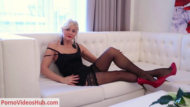 Anilos_presents_Sylvie_-_Sexual_Mature_-_22.07.2018.mp4.00000.jpg