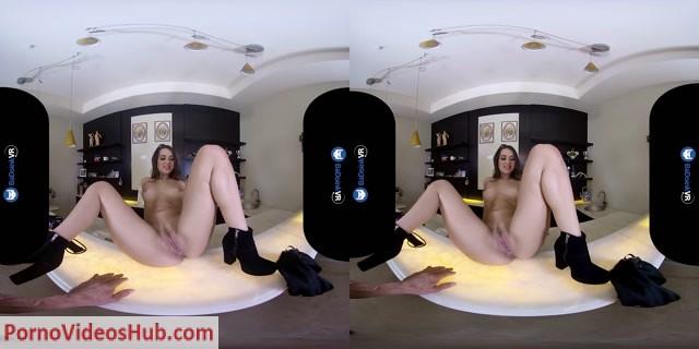 Watch Online Porn – BaDoinkVR presents Uma Jolie in Raising The Bar (MP4, UltraHD/2K, 2880×1440)