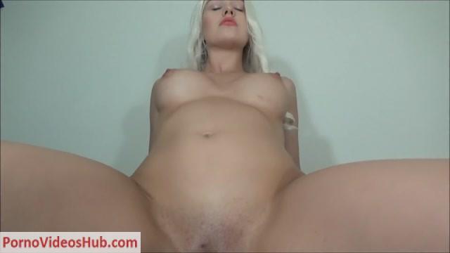 Dildotbaggins93_in_037_Daenerys_Fucks_Dragon_Cock_for_Creampie.mp4.00008.jpg