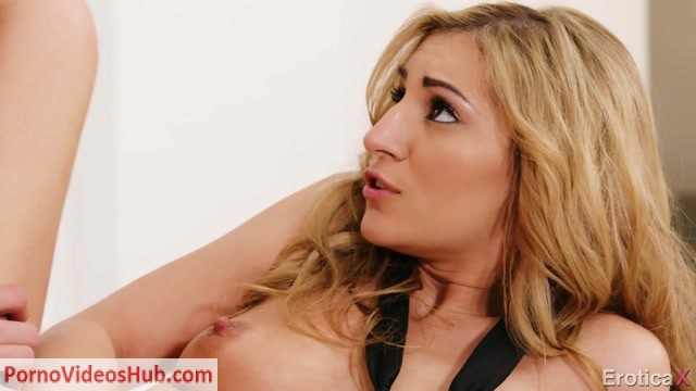 Watch Online Porn – EroticaX presents Moka Mora in Love in a Workplace – 18.07.2018 (MP4, FullHD, 1920×1080)