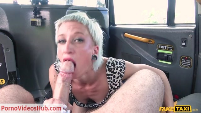 FakeTaxi_presents_Luna_Toxxxic_in_Big_facial_for_horny_German_tourist_-_18.07.2018.mp4.00005.jpg