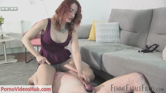 Femmefatalefilms_-_Goddess_Jenilee_-_Dirty_Shoes_and_Sweaty_Feet.mp4.00014.jpg