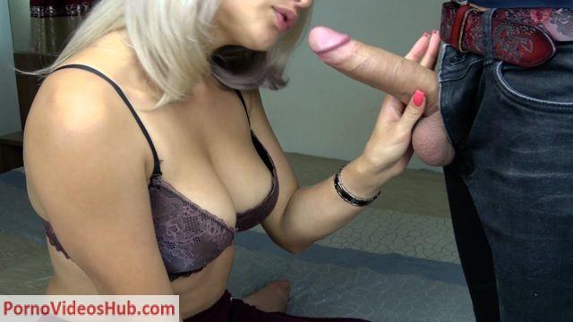 Watch Online Porn – Kriss Kiss in Teen Sucking Big Cock and Fast Handjob (MP4, FullHD, 1920×1080)