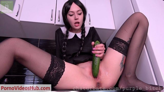 ManyVids_presents_purple_bitch_in_Cucumbers_lover.mp4.00002.jpg