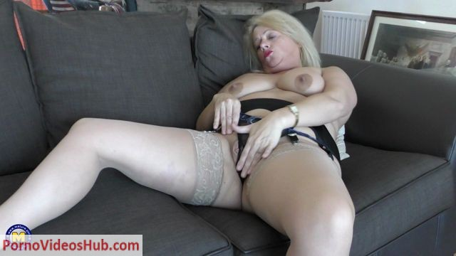 Watch Online Porn – Mature.nl presents Ann (EU) (49) in British temptress Ann fooling around – 05.07.2018 (MP4, FullHD, 1920×1080)