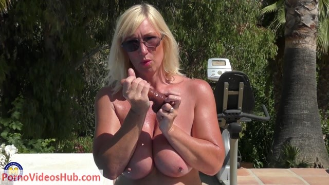 Mature.nl_presents_Melody_Charm__EU___48__in_British_big_breasted_Melody_Charm_having_fun_at_the_pool_-_16.07.2018.mp4.00011.jpg