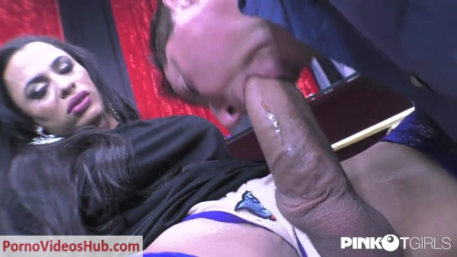 Pinkotgirls_presents_Keylla_Marques_Tranny_With_Big_Cock_Fucks_The_Notary_-_12.07.2018.mp4.00003.jpg