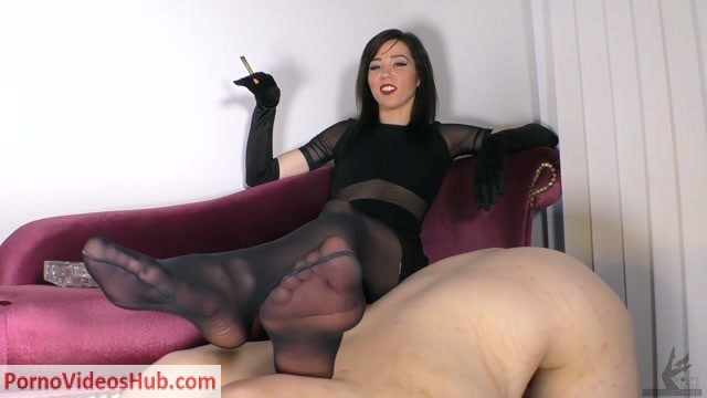 The_Wolfe_Sole_Experience_presents_The_Wolfe_and_Her_ottoman.mp4.00005.jpg