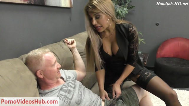 Watch Free Porno Online – Women on Top of men presents Mercedes Carrera in Sexual Contention – Hot Milfy Sister (MP4, FullHD, 1920×1080)