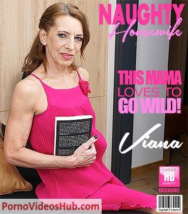 1_Mature.nl_presents_Viana__56__in_Naughty_housewife_fingering_herself_-_14.08.2018.jpg