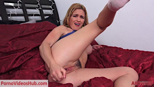 Allover30_presents_Krissy_Lynn_33_years_old_Ladies_With_Toys_-_13.08.2018.mp4.00012.jpg