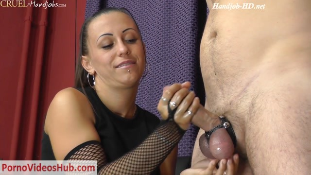 CruelHandjobs_presents_Mistress_Sophie_in_Erotic_moments_part_2.mp4.00013.jpg