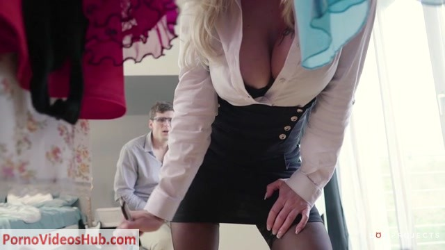 DOEPROJECTS_presents_Lara_De_Santis_in_Kinky_Tutor_-_Private_lessons_-_06.08.2018.mp4.00002.jpg