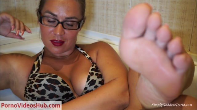 Watch Online Porn – Darias KingDom – Foot Loving Loser (MP4, FullHD, 1920×1080)