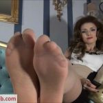 Devious Queen – Employed at My feet
