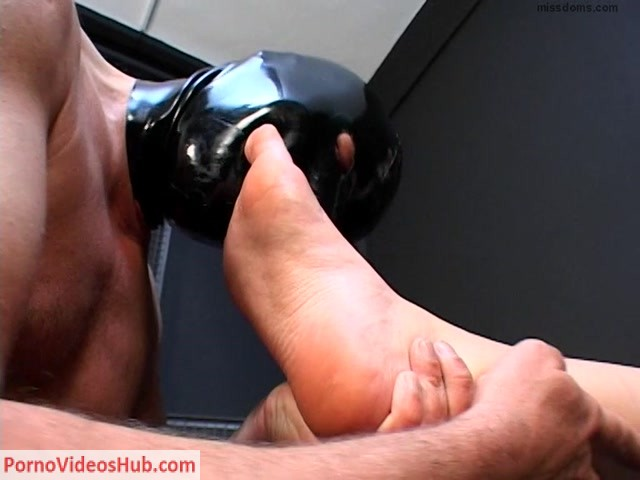 Watch Free Porno Online – Evsfetishfemdom – Kati – Feet licking slave (MP4, SD, 768×576)