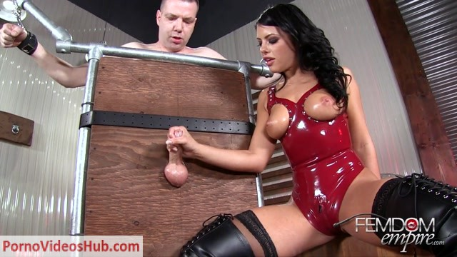 Watch Free Porno Online – FemdomEmpire presents Adriana Chechik in owning his balls (MP4, FullHD, 1920×1080)