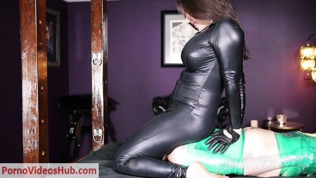 Watch Online Porn – Goddess Alexandra Snow – Ass and Gas Interrogation (MP4, HD, 1280×720)