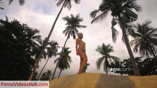 Hegre_presents_Ariel_in_Sunset_-_21.08.2018.mp4.00006.jpg