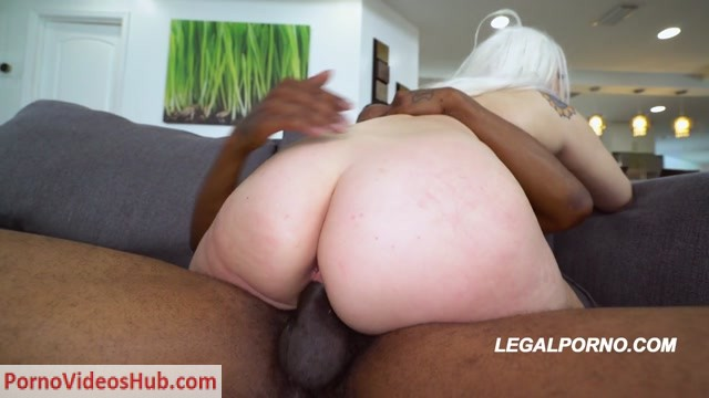 LegalPorno_presents_Bigg_Titty_Phat_Booty_Sunny_Chase_1st_DP_AA026_-_19.08.2018.mp4.00013.jpg