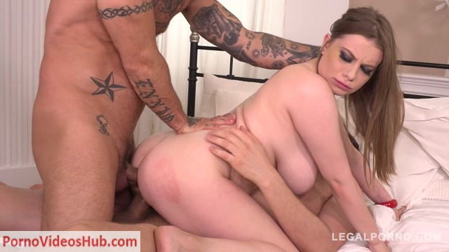 LegalPorno_presents_Busty_wannabe_Alice_Wayne_orders_3_Huge_cocks_for_Airtight_DP_and_barely_survives_FS020_-_16.08.2018.mp4.00002.jpg