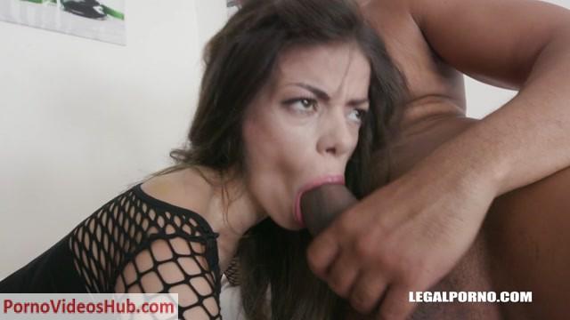 LegalPorno_presents_Ciara_Riviera_discovers_black_feeling_IV205_-_20.08.2018.mp4.00005.jpg