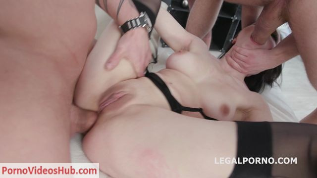 LegalPorno_presents_Fucking_Wet_With_Kiara_Gold_Balls_Deep_Anal_DAP_Gapes_Pee_drink_Swallow_GIO618_-_13.08.2018.mp4.00001.jpg